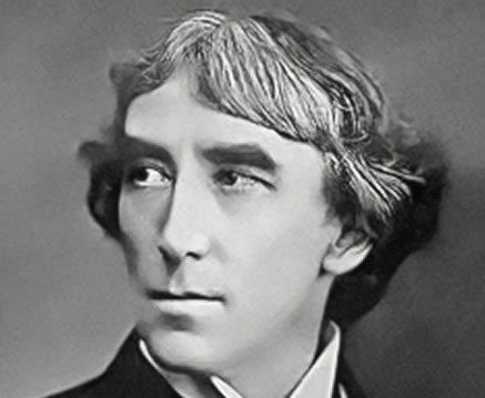 Henry Irving performs at the theatre