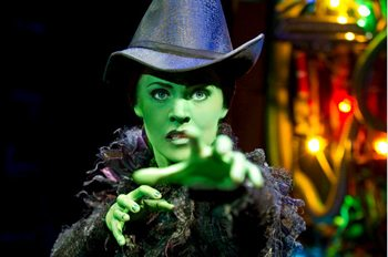 Rachel Tucker returns to Wicked