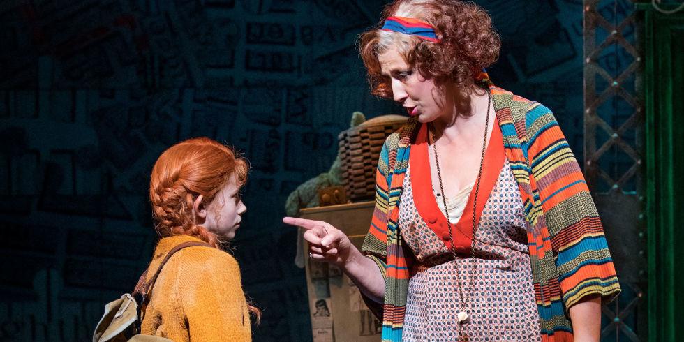 Annie revival opens