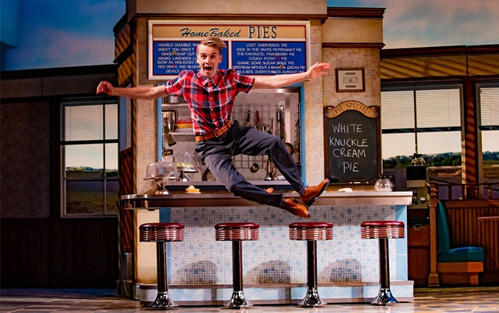 Joe Sugg joins Waitress cast