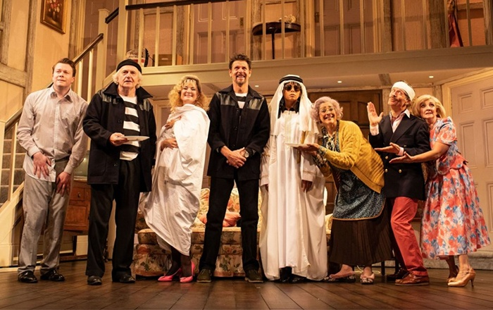 Noises Off transfers